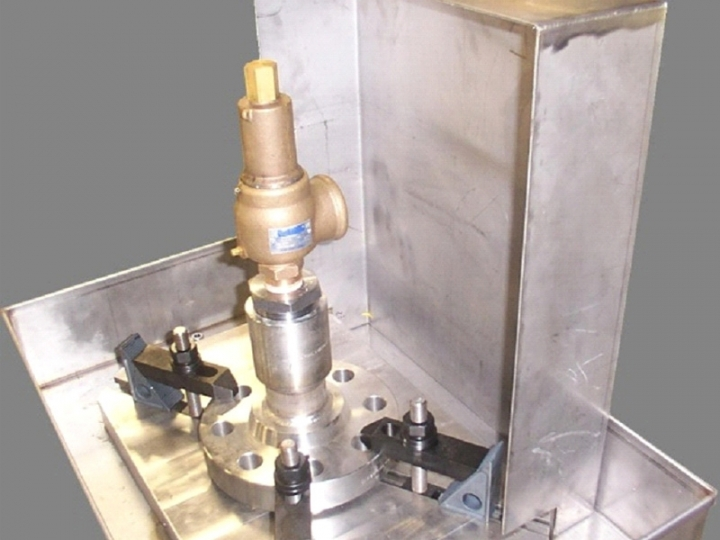 Manutenção em válvula de Segurança e alívio de pressão
