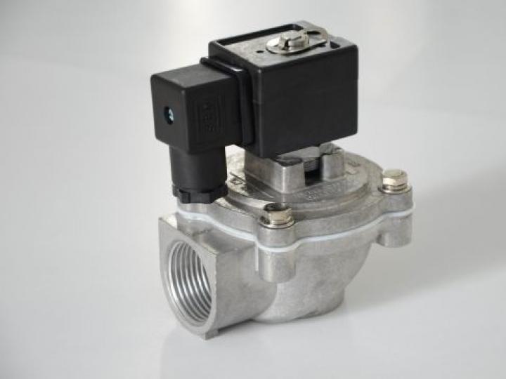 Válvula Solenoide de pulso proporciona pressão de pico mais alta para maior vida útil do filtro e bolsa e manutenção reduzida